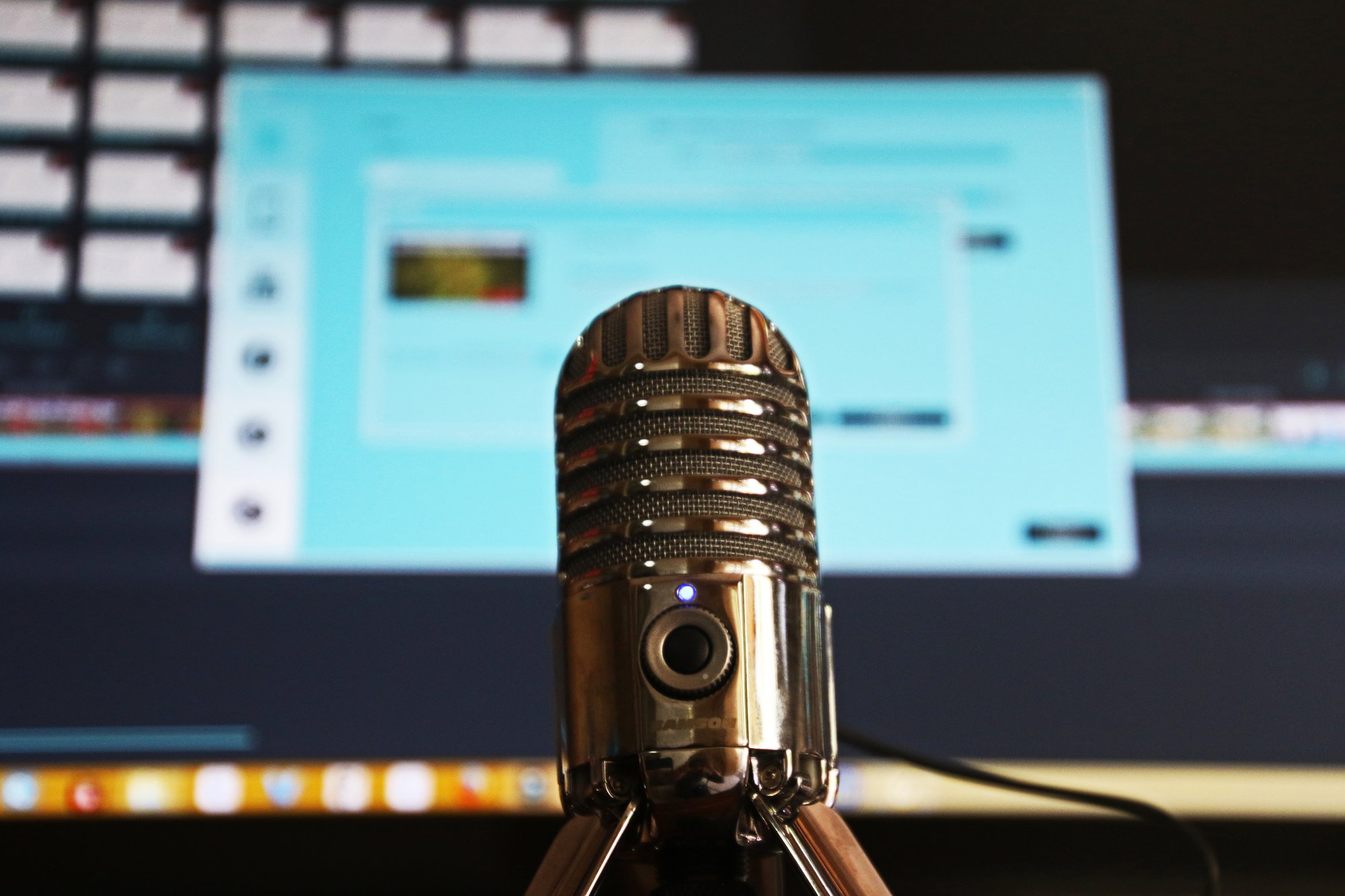 5 ½ Great Ways to Make Money from Podcasting